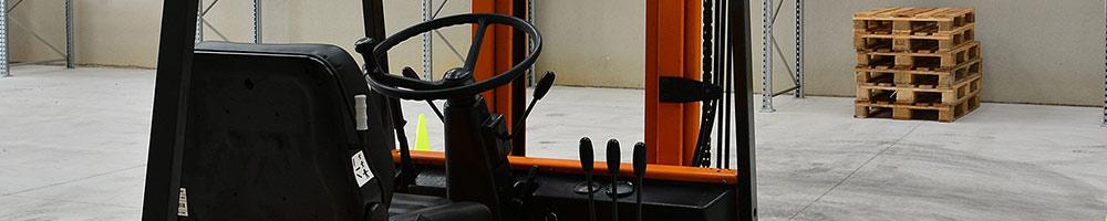 Forklift truck operator seat